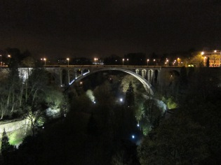 4 Luxembourg by night