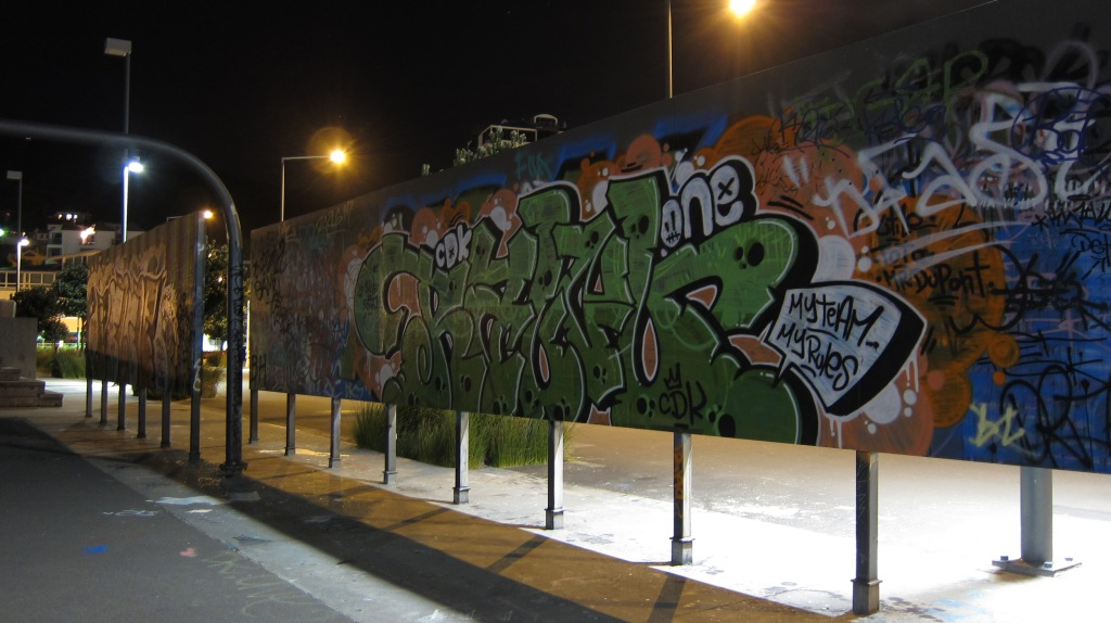 Graffiti is better at night.