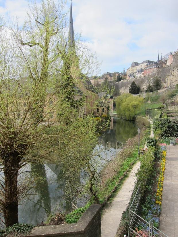 Trees, walls, river, reflections